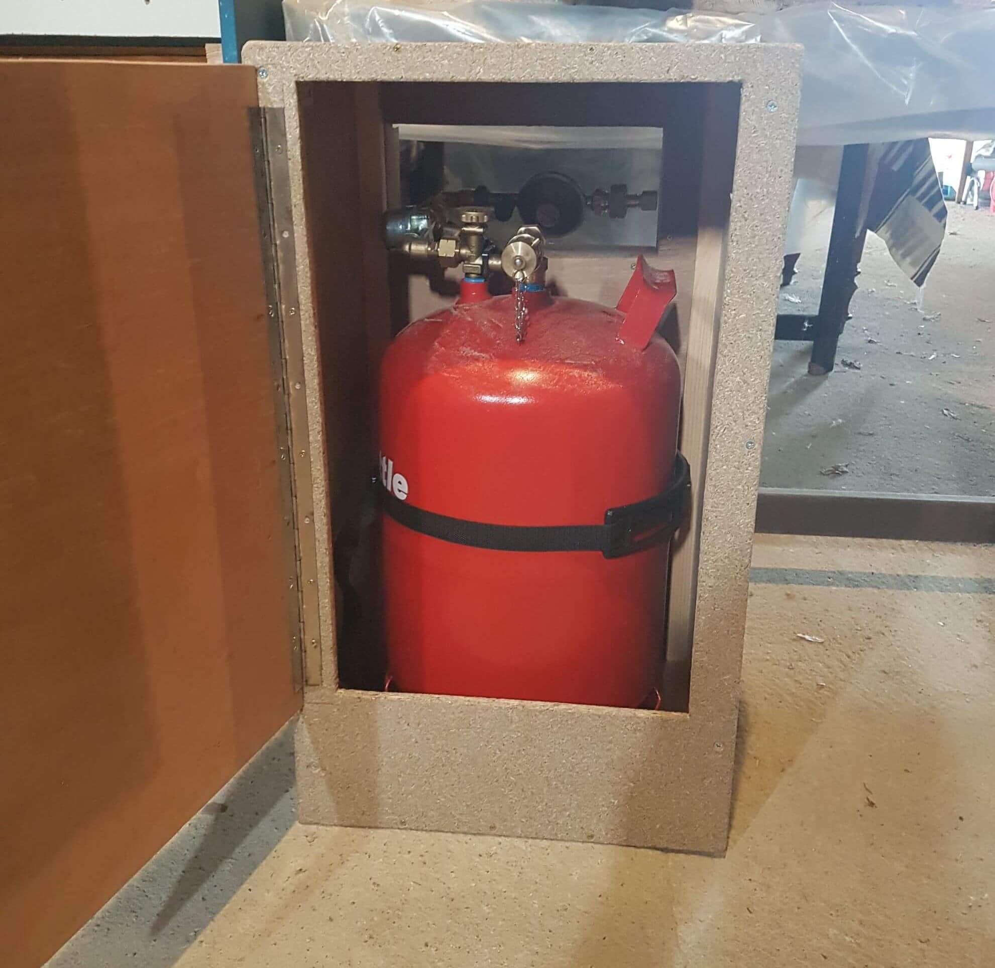 Construction caisson étanche bouteille gaz gpl