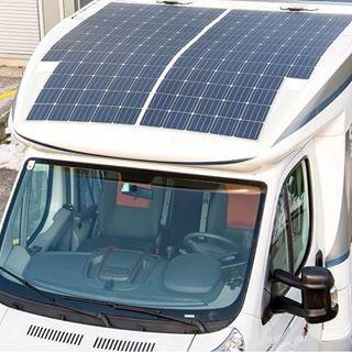 Panneau solaire souple sur capucine