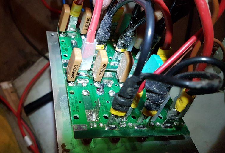Branchement du panneau disjoncteurs thermiques