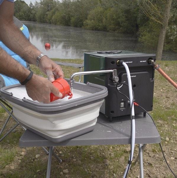 chauffe-eau gaz, fourgon, van, camping-car, kampa geyser