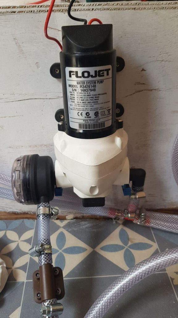Pompe à eau automatique 12v pour fourgon