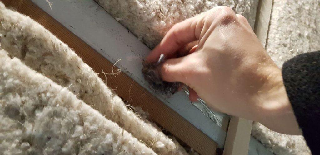 Insertion de fibre textile dans les petits espaces