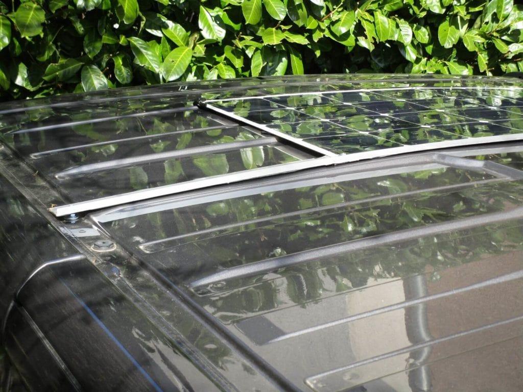 panneau solaire flexible, support panneau solaire souple, fixation panneau